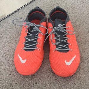 Women's Nike Training Shoe NEW LISTING!